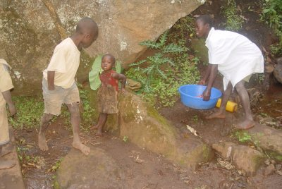 Sipi Falls Children 2.JPG